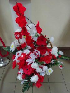 Bukiet Biało - Czerwonych kwiatów